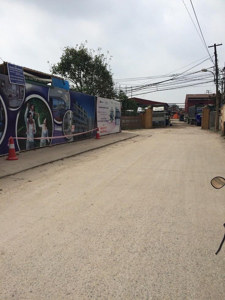 Đường đi trước cửa dự án liền kề Lavender 124 Vĩnh Tuy